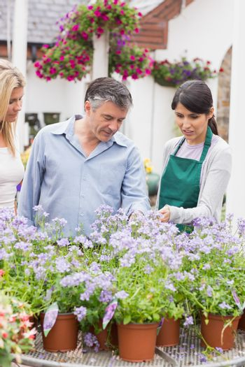Two customers with a florist