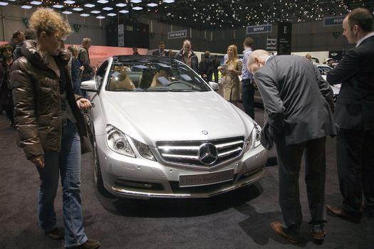 Mercedes BlueEfficiency E250 CGI