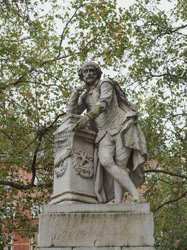 Shakespeare statue