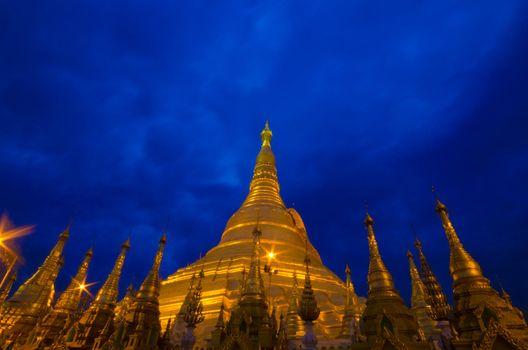 Shwedagon golden pagoda