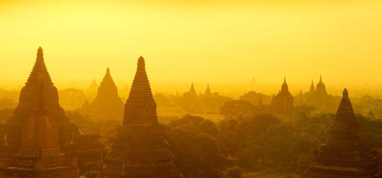 Bagan panorama sunrise