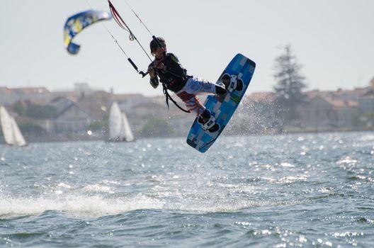 Diogo Fernandes in the 3rd Kiteloop Contest Aveiro 2012