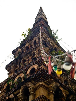 Old stupa in Wat Prayawat (Nan-Thailand)2