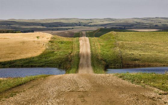 Grid Prairie Road
