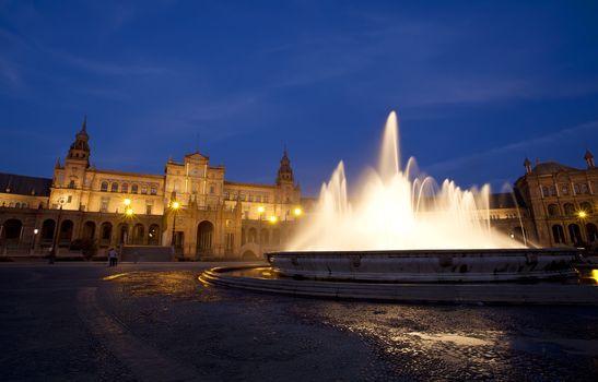 fountain at Plaza Espana in Sevilla