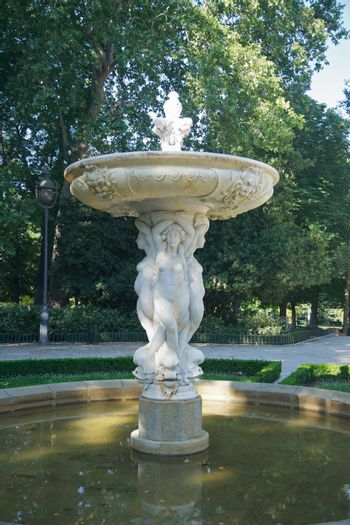 sculpture fountain at Madrid park