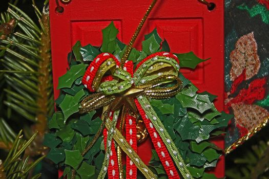 Close up view of Christmas reef with ribbons