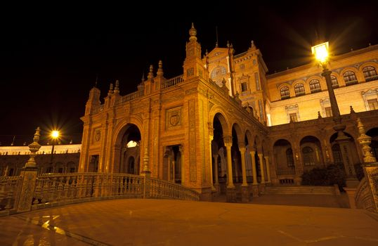 beautiful Plaza de Espana at night