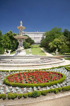 fountain palace at Campo del Moro