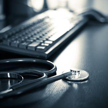 Stethoscope with keyboard