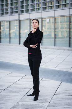 thinker business girl