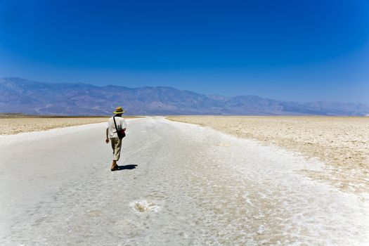 Badwater, deepest point in the USA, Saltsee mixed with minerals in the Desert Valley, deeper than sea level