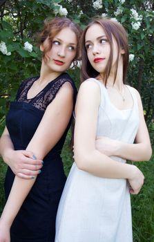 teen girls back to back