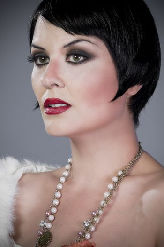 Brunette portrait, Twenties lady