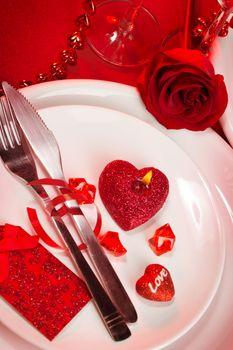 Romantic tableware