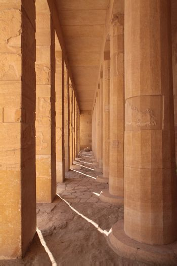 Square and round columns