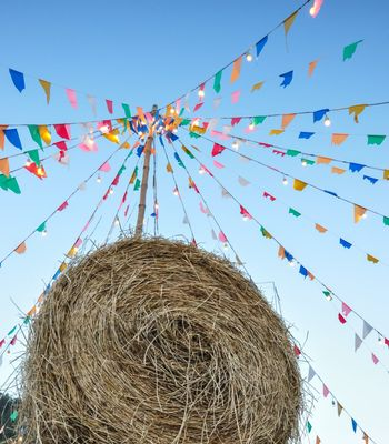 The rick and color flag are common decorations in countryside festival