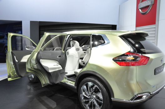 Nissan Hi-Cross Concept at the 2012 Los Angeles Auto Show