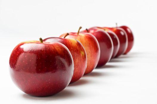 Diagonal Apple Row