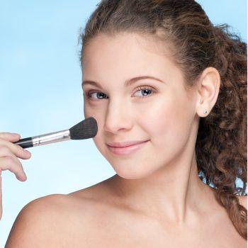 Powder make up by soft brush