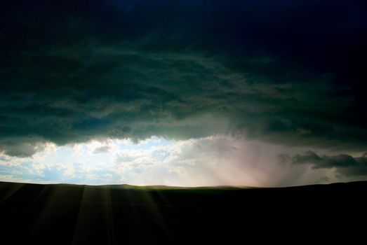 Storm clouds and thunders