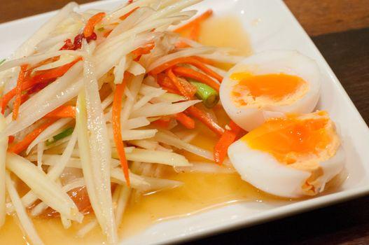 papaya salad with eggs, somtum thai food