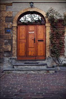 door and grate  in  bellinzona
