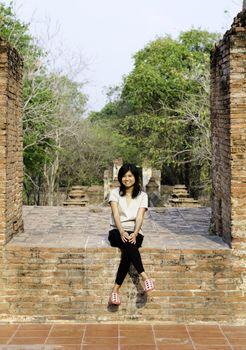 Beautiful woman at Wat Maheyong Temple