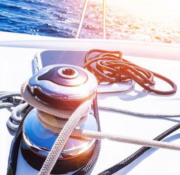 Crank handle of sailboat