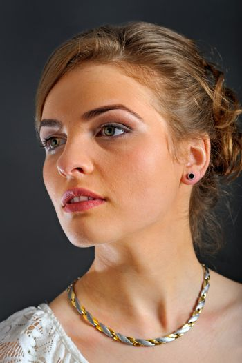 woman with magnetic jewellery