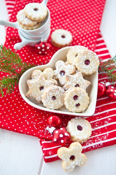 Jam-filled christmas cookies