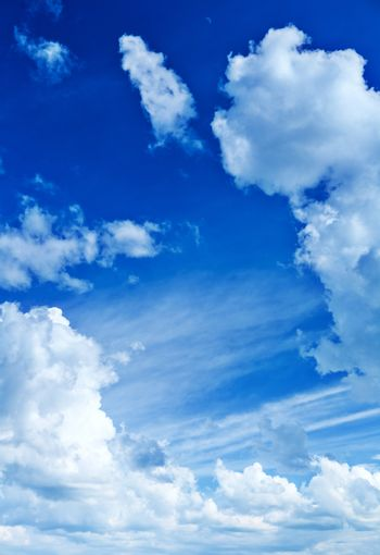 dayly blue cloudy heaven