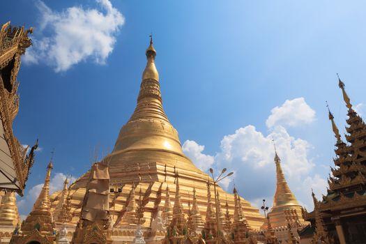 Shwedagon pagoda in Yangon, Burma (Myanmar)
