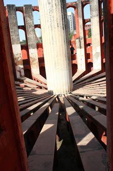 pillar circle