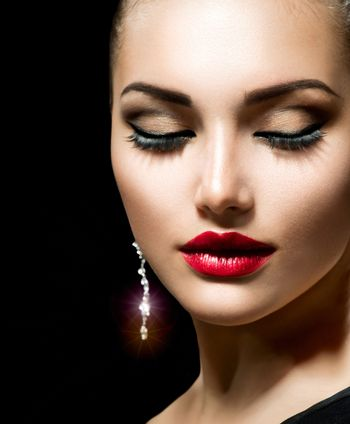 Beauty Woman with Perfect Make up