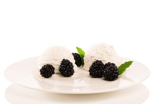 vanilla ice cream with blackberries