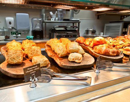 Cafeteria tray line