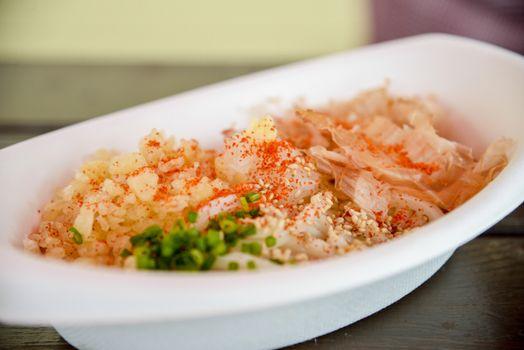 Udon in foam bowl2