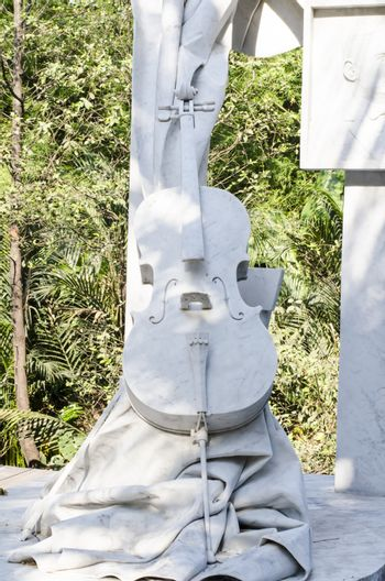 Statue cello make by Marble