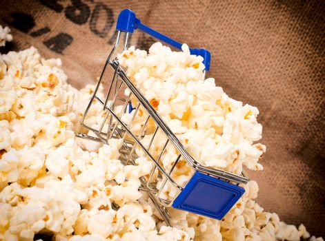 Trolley and pop corn