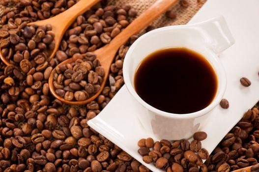 Instant dark coffee