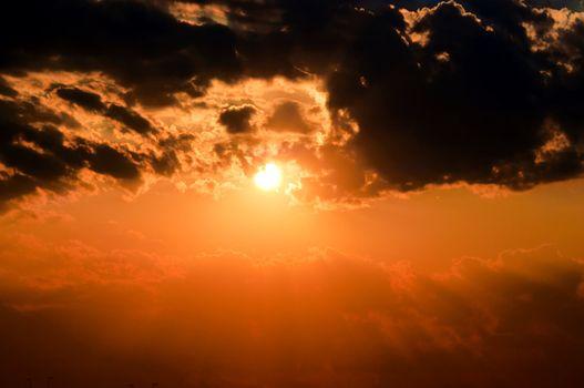 Dramatic sun
