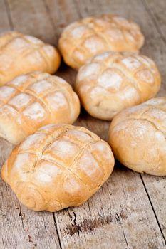 six fresh baked buns