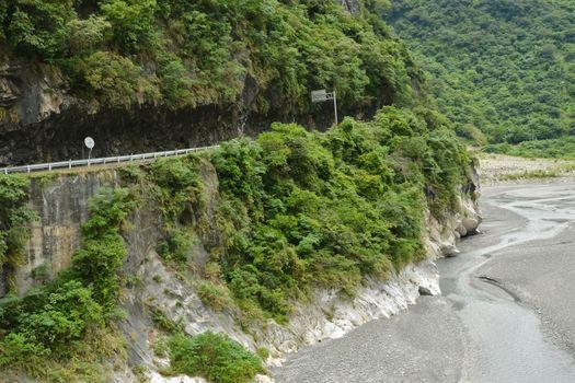 Road in Taroko National Park