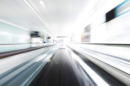 Moving escalator