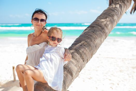 Mom and daughter on the palm excellent value