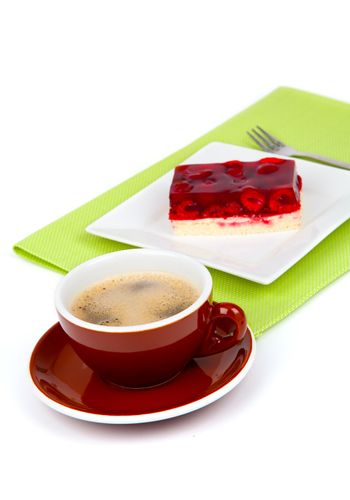 coffee cup with raspberry cake