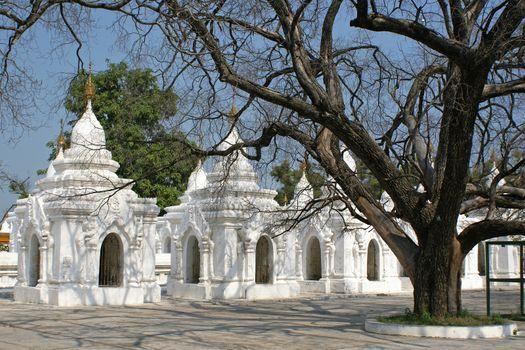 Kuthodaw Pagoda, Mandalay, Burma