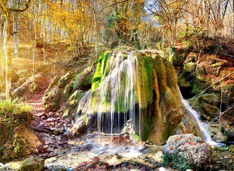 Waterfall silver jets
