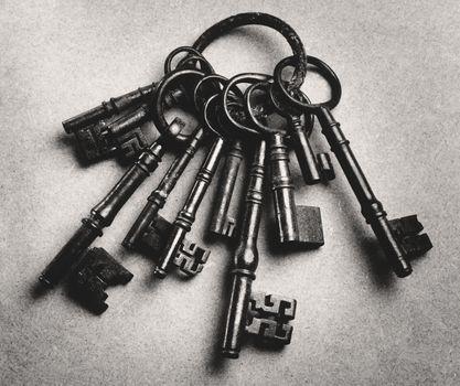 Set of antique keys (b&w)